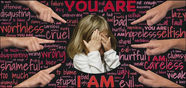 «È colpa tua!»
